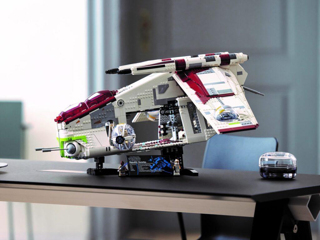 LEGO Star Wars 75309 Kanonierka Republiki