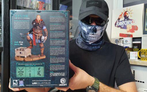 Figurka Eivora z Assassin's Creed Valhalla na unboxingu