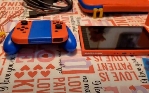 Unboxing konsoli Nintendo Switch w limitowanej edycji Mario Red & Blue